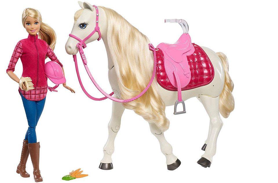 Barbie Puppe und Pferd