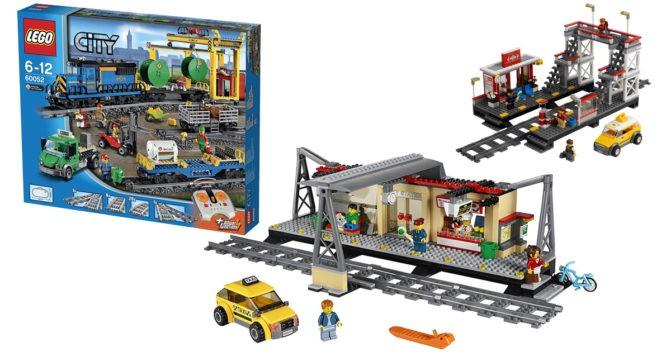 LEGO Bahnhof