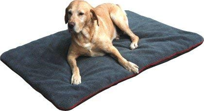 Petbed - Hundedecke Faserpelz | Robustes Material | Isolierende Thermo-Decke | Waschbar | rutschfest | 90...