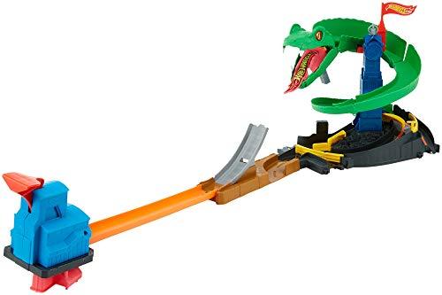 Hot Wheels FNB20 - City Kobra Angriff Set, großes Spielset mit Schlange inkl. 1 Spielzeugauto, und...