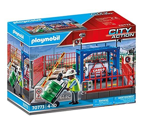PLAYMOBIL City Action 70773 Frachtlager mit Zaunelementen und funktionierender Schranke, inkl....