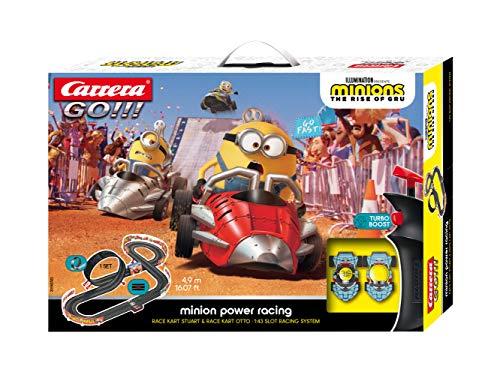 Carrera GO!!! Minion Power Racing Rennstrecken-Set | 4,9m elektrische Rennbahn mit 2 Autos | Handregler,...
