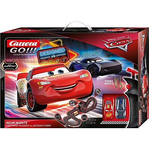 Carrera GO!!! Disney Pixar Cars Neon Lights Rennstrecken-Set | 5,3m elektrische Carrerabahn mit Lightning...