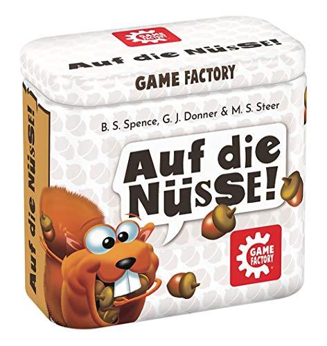 Game Factory 646273 Auf die Nüsse, das knackige Würfelspiel, Mini-Spiel in handlicher Metalldose,...
