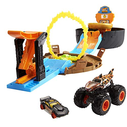 Hot Wheels GYN01 - Monster Trucks Stunt Reifen Spielset mit Startrampe, 1 Hot Wheels-Auto im Maßstab...