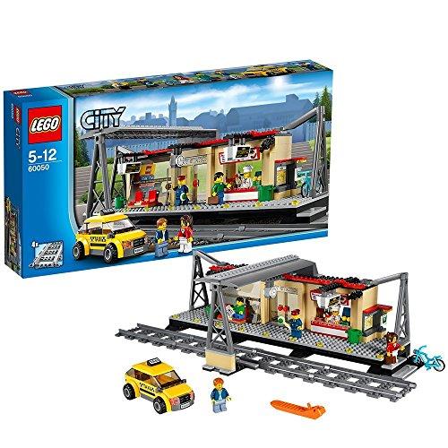 Bahnhof-Bausatz 'Bahnhof' von LEGO City
